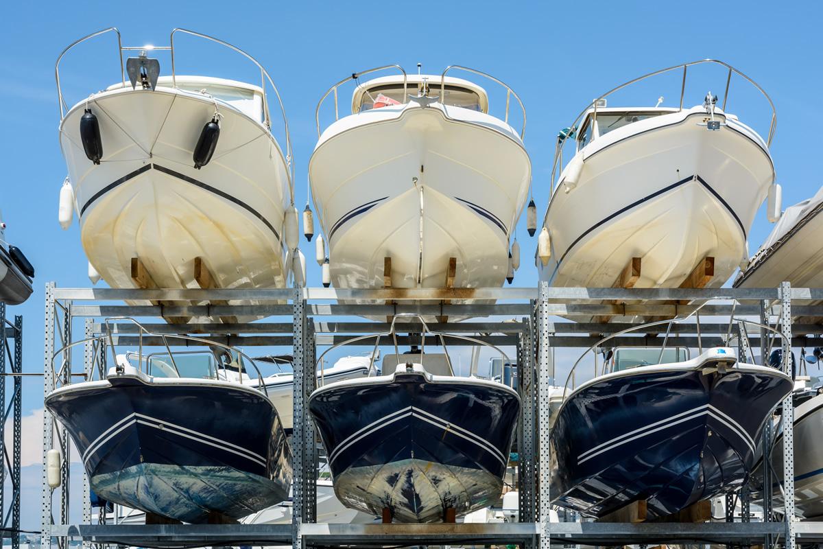 Sommerlagerplätze und Winterlagerplätze beim Boots-Center-Limmer
